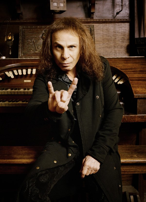 Ronnie James Dio. 10.07.1942 - 16.05.2010