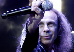 Выпуск делюкс-изданий первых трех альбомов Dio!!